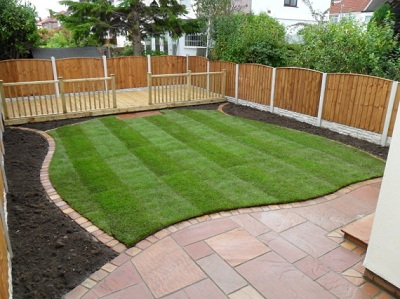 Hertfordshire landscape gardeners low maintenance garden for Low maintenance backyard